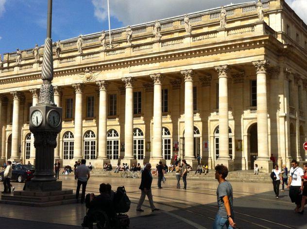 Primeira fotogarfia publicada no artigo Bordeaux, capital do vinho e do bom gosto
