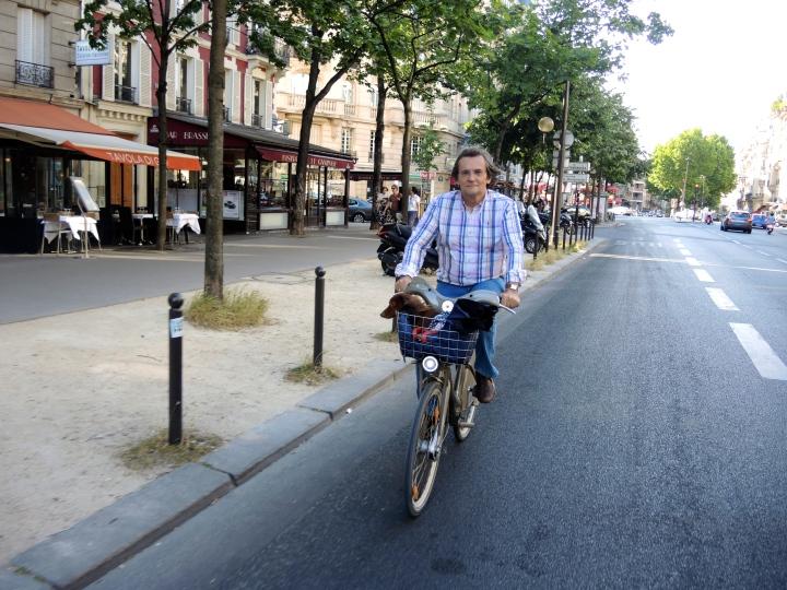 Jean-Philippe no Boulevard Raispail com Achille