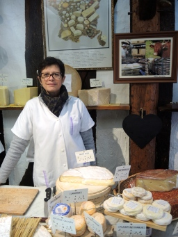 Na fromagerie Soufflard em Auxerre